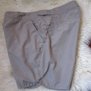 Lolë - Waist Adjustable Beige Shorts